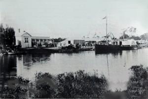 PS-Tanjil-at-Latrobe-Wharf-c-1878-Small-2